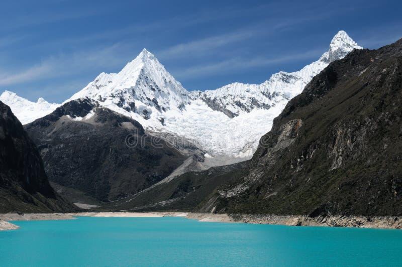 blanca кордильеры Перу стоковые изображения rf