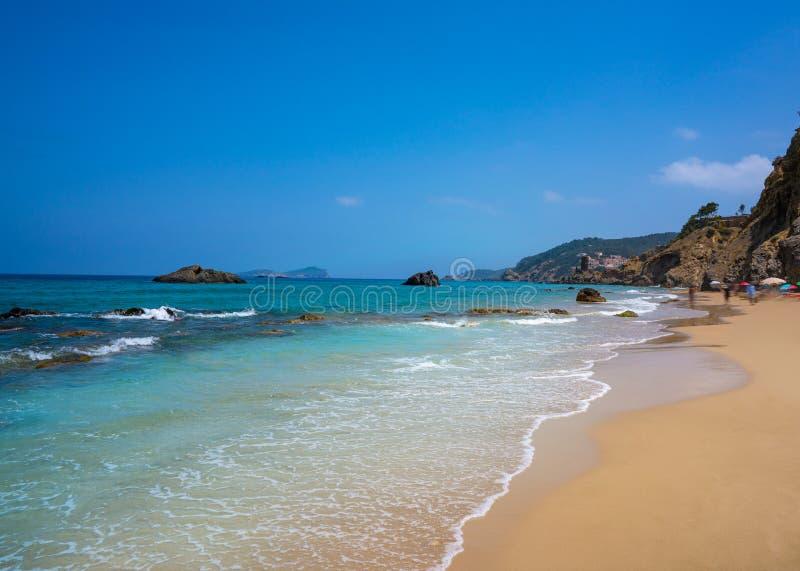 BLANCA de Aigua da praia de Ibiza em Santa Eulalia fotografia de stock royalty free