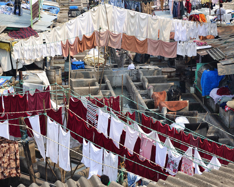 Blanchisserie en plein air, Mumbai images stock