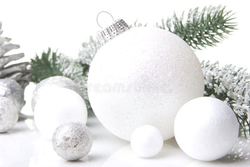 Blanco de la decoración de la Navidad fotografía de archivo libre de regalías