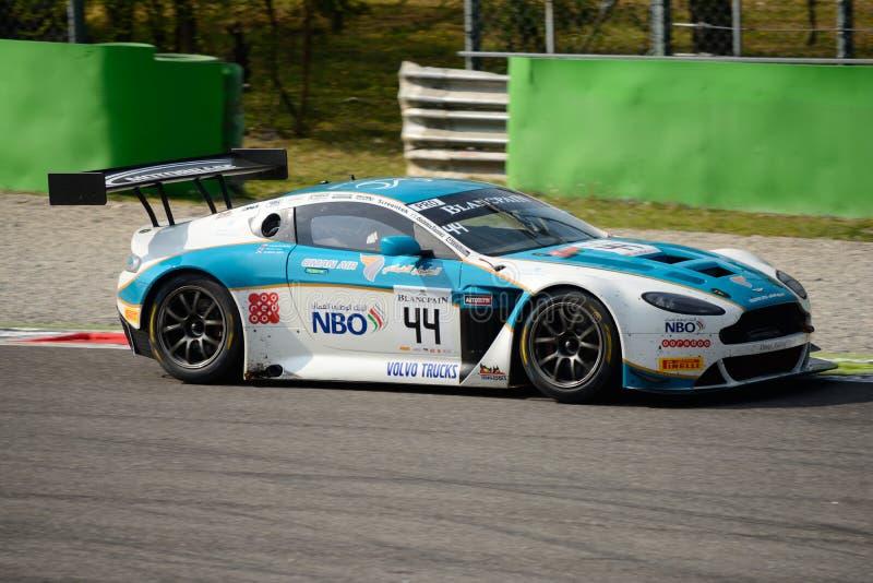 Blancpainreeks 2015 Aston Martin Vantage in Monza royalty-vrije stock foto