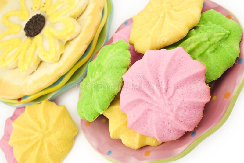 blandad färgrik kakafjäder arkivfoton