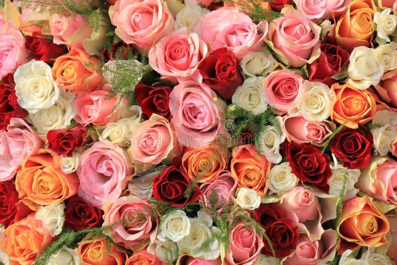 Blandad rosa bukett arkivfoto