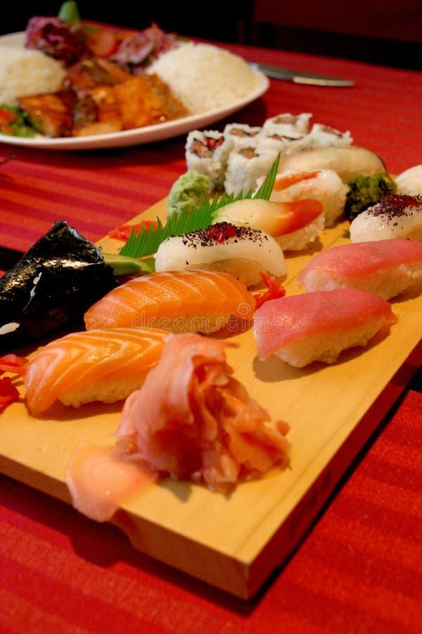 Blandad sushi 4 arkivfoto