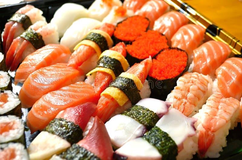 blandade sushi royaltyfri bild