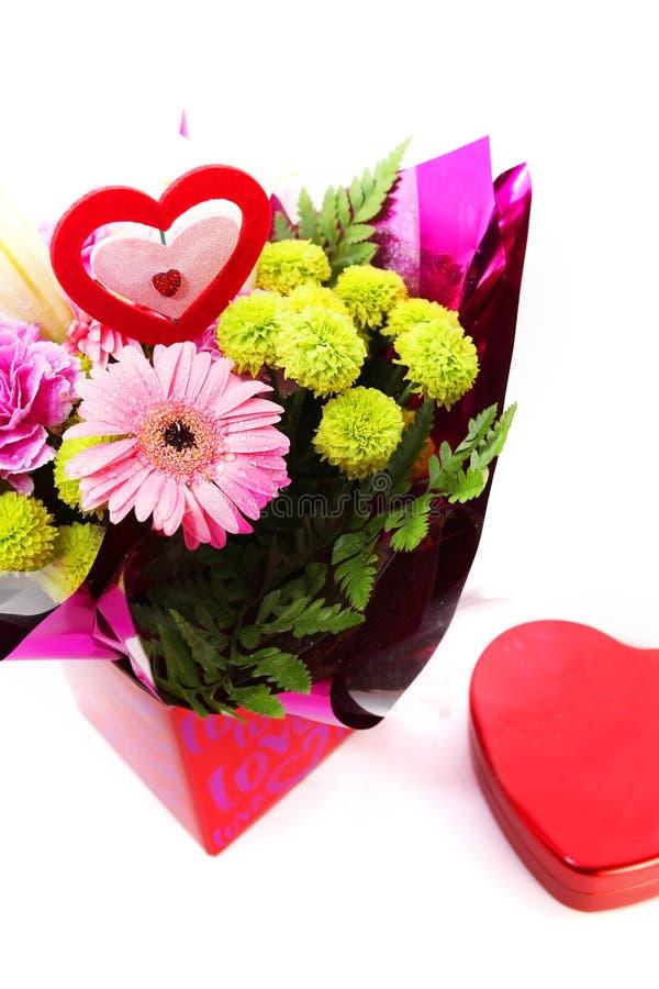 Blandade Valentine Flower royaltyfri foto