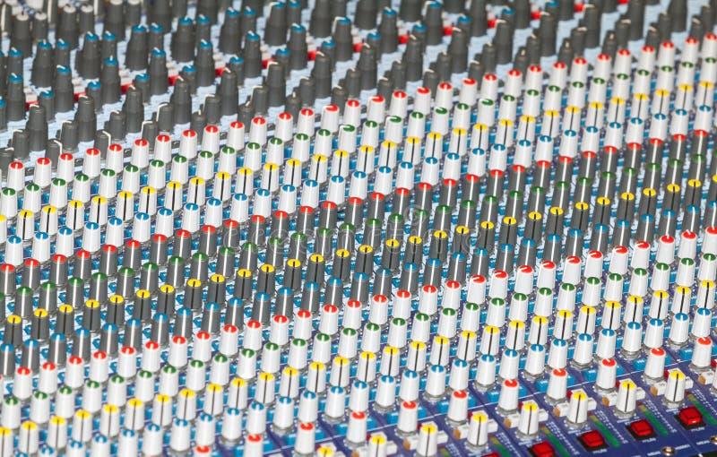 Blandande ljudsignal konsol arkivfoton