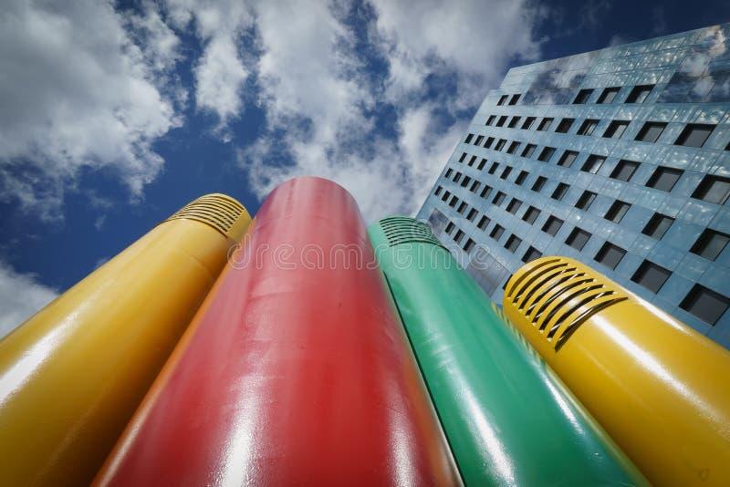 Blandning av arkitektonisk byggnad i Oviedo Asturias Spanien fotografering för bildbyråer