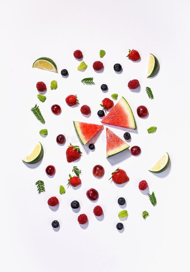 Download Blandningen Bär Frukt Frukter Tätt Upp Sund Bakgrund Nytt äta, Bantar Arkivfoto - Bild av jordgubbe, rött: 78727376