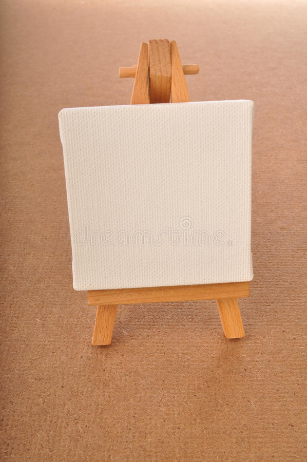 Download Blank Art Board, Wooden Easel Stock Image - Image: 25931179