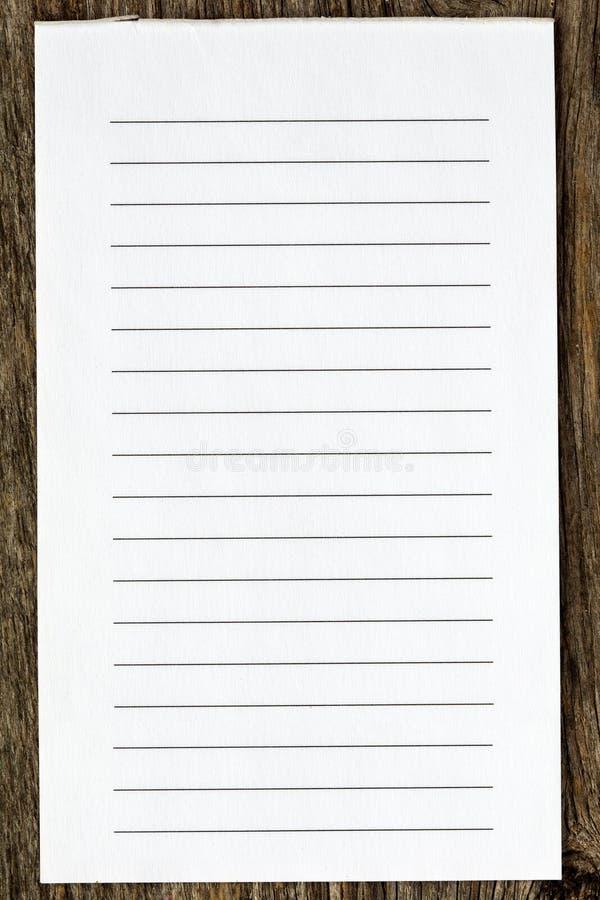 Blank fodrat papper arkivfoton