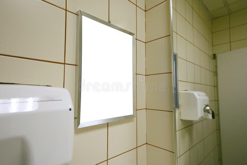 blank offentlig toalett för annons royaltyfri foto