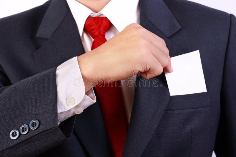 blank white för man för holding för affärskort royaltyfri bild