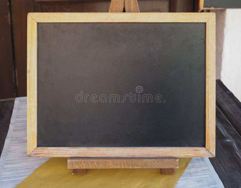 blankt kopieringsavstånd för blackboard royaltyfri bild