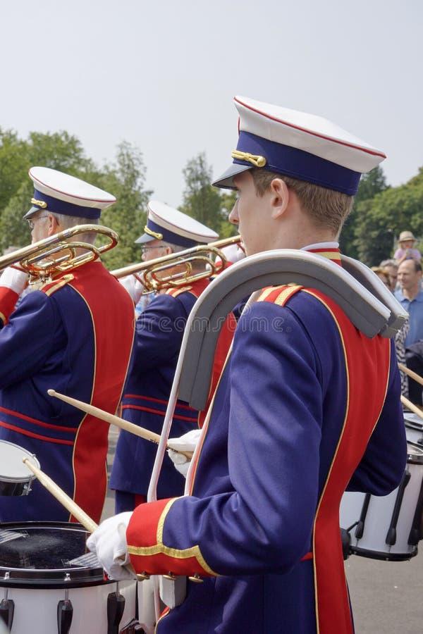 Blaskapelle am Straßentheaterfestival in Doetinchem, das Neth lizenzfreie stockbilder