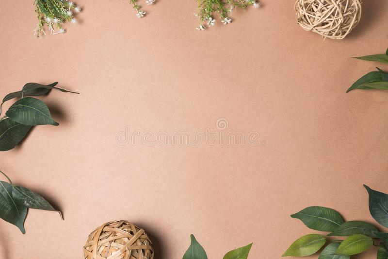 Blattrahmen auf Braun stockfotografie
