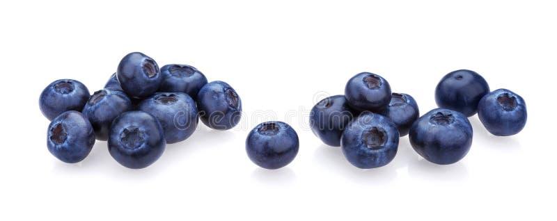 Blaubeere getrennt auf weißem Hintergrund Ein Stapel von frischen Blaubeeren, Nahaufnahme, Sammlung lizenzfreie stockfotos
