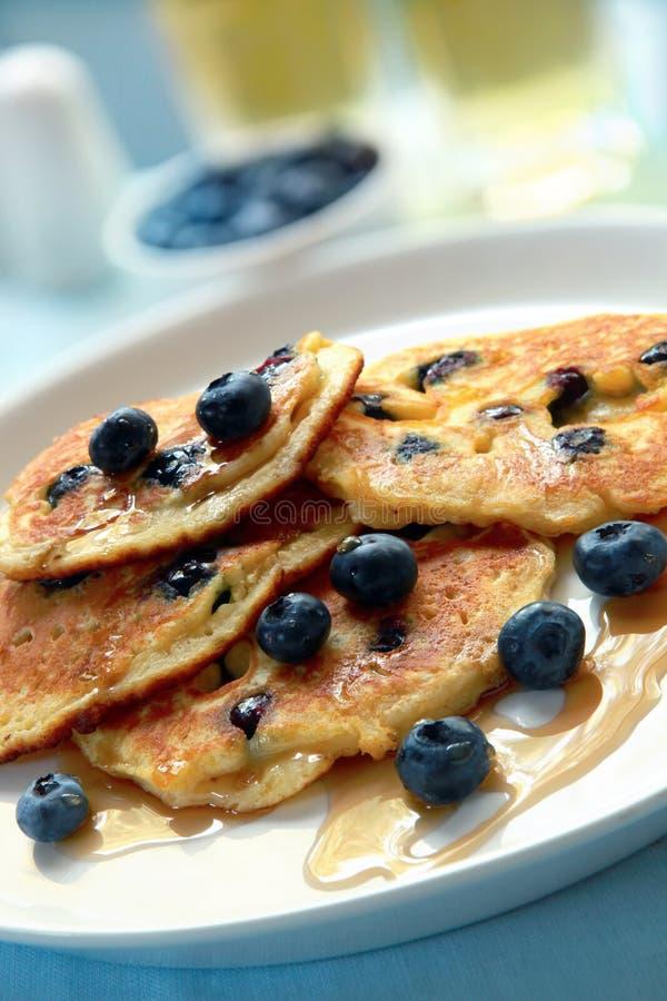Blaubeere-Pfannkuchen stockbild