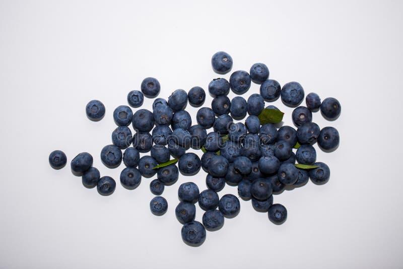 Blaubeere Süße Frucht, Waldbeere lokalisiert auf weißem Hintergrund stockbilder