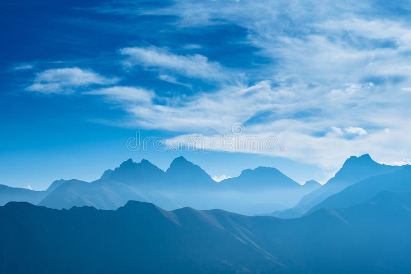 Blaue Berge in Deutschland lizenzfreies stockfoto