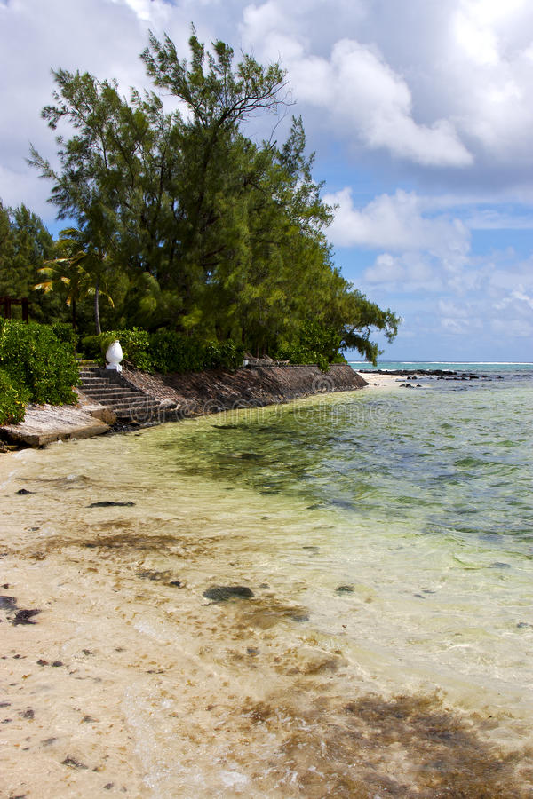 Blaue Bucht des Piers irgendein Stein im Insel deus lizenzfreie stockfotos