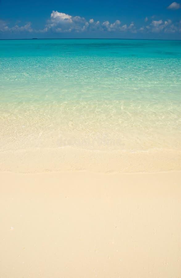 Blaue Farben von Ozean stockfotografie