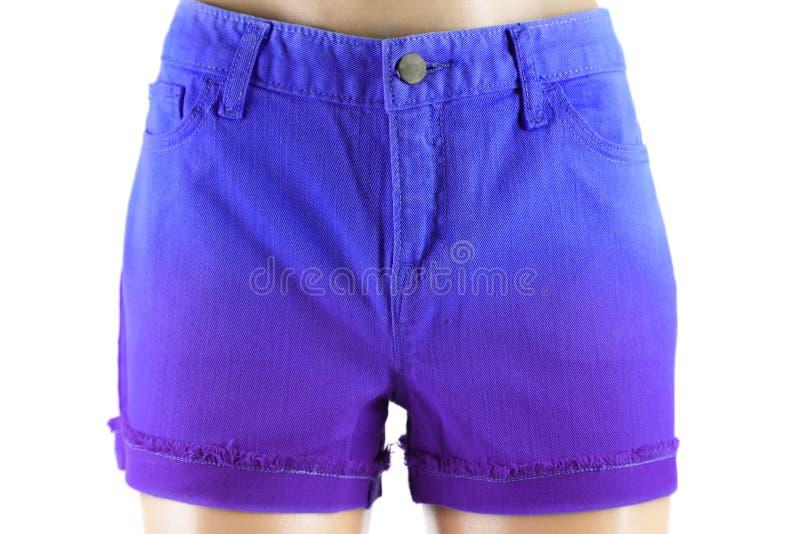 Blaue Frauenkurze jeanshose. lizenzfreie stockfotos
