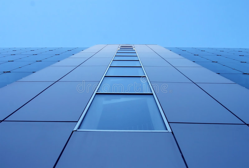 Blaue Gebäudewand lizenzfreie stockbilder