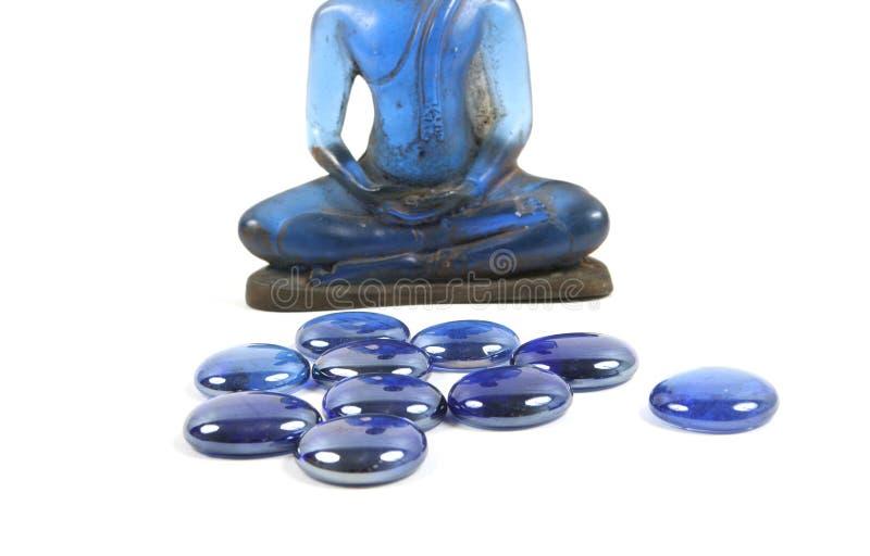 Blaue heilende Steine und Buddha. lizenzfreies stockfoto