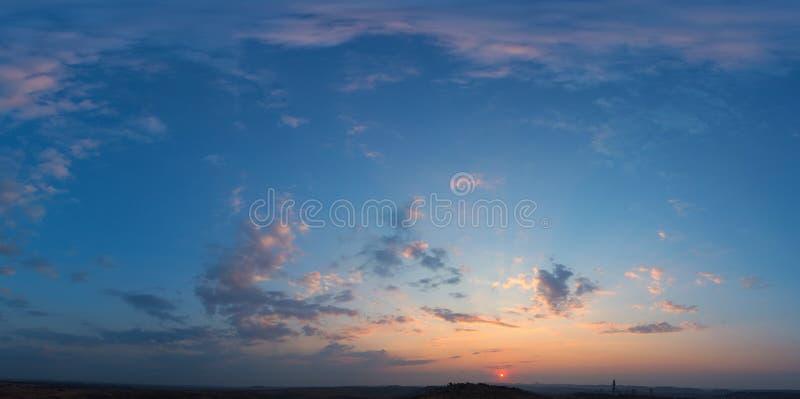 Blaue Himmel stockfotografie