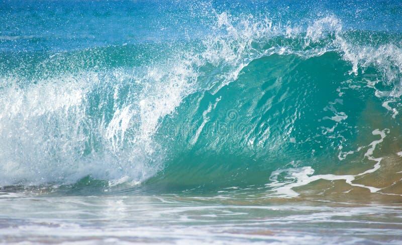 Blaue Ozean-Welle stockfotografie