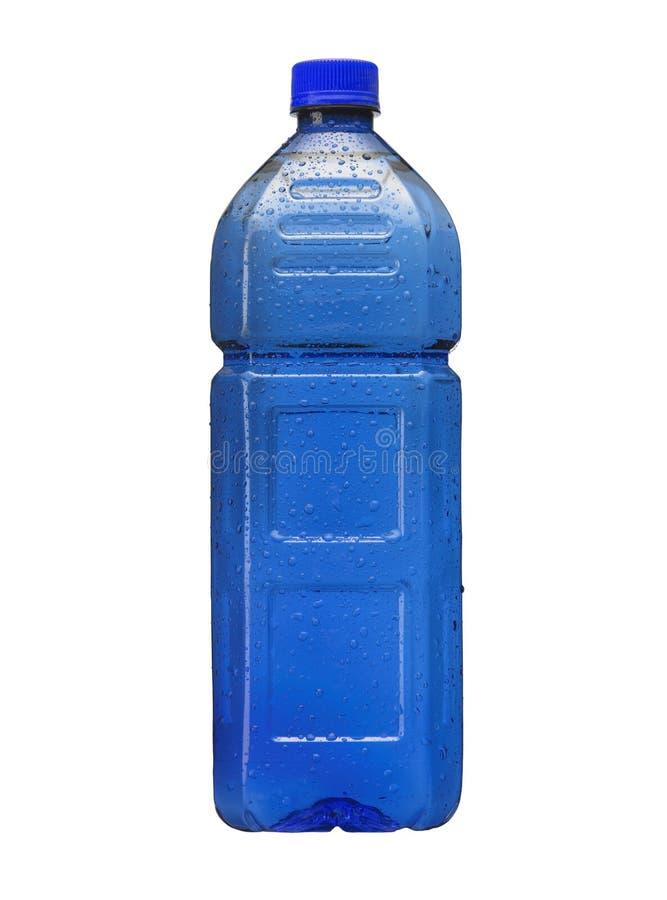 Blaue Plastikflasche Wasser lokalisiert auf Weiß stockfoto