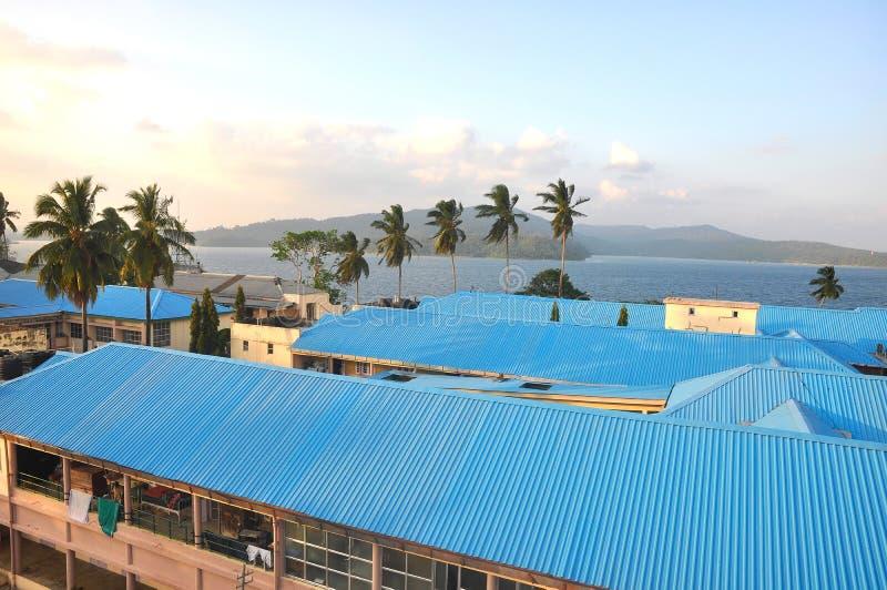 Blaue Stahlhäuser stockbild