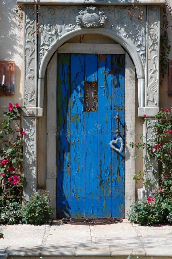 Blaue Tür. stockfotografie