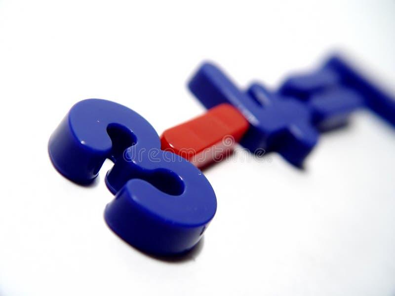 Blaue und rote Zahlen lizenzfreies stockfoto