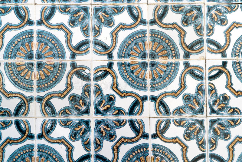 Blaue, weiße, gelbe kopierte portugiesische Fliesen lizenzfreies stockfoto