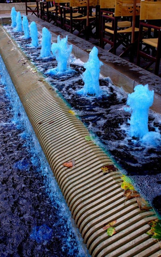 Blauer Brunnen stockbilder