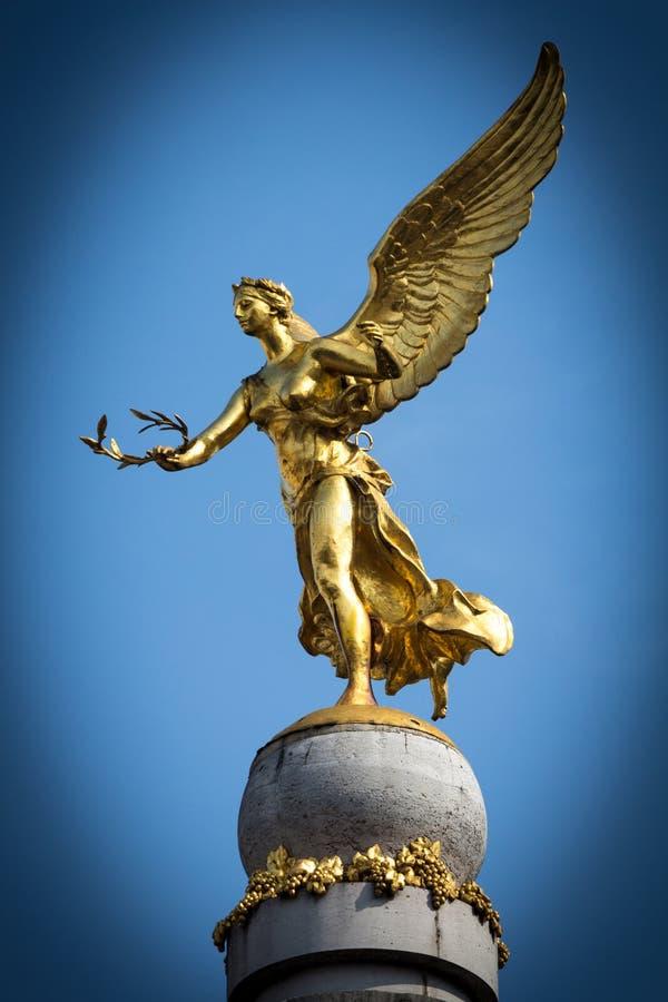 Blauer Engel lizenzfreie stockfotografie