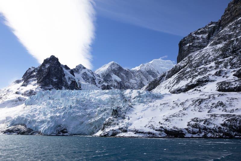 Blauer farbiger Gletscher in Drygalski-Fjord auf Süd-Georgia stockfotografie