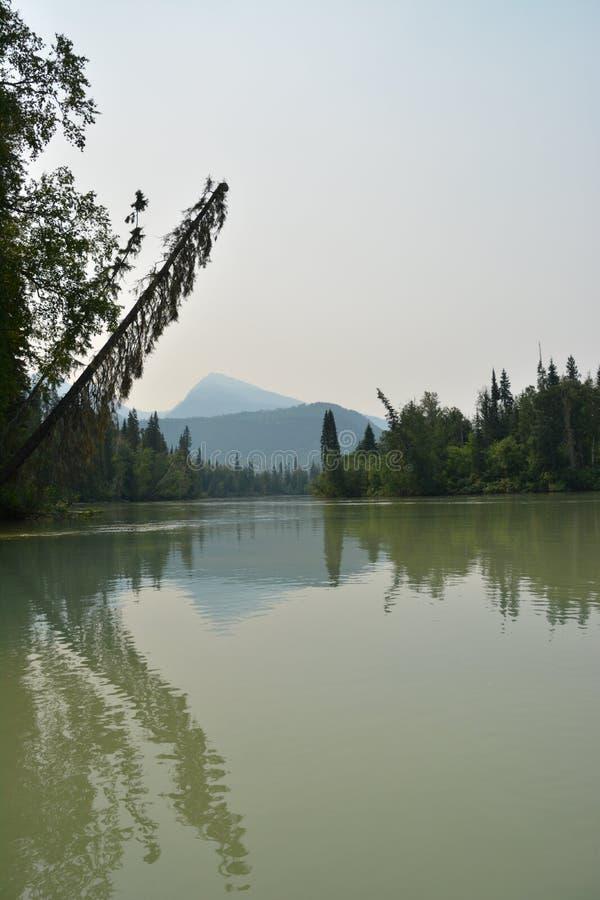 Blauer Fluss Kanada lizenzfreie stockbilder