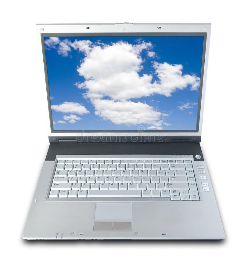 Blauer Himmel-Laptop lizenzfreie stockfotografie
