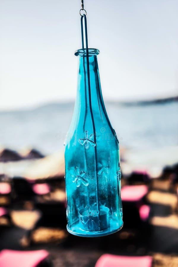 Blauer Kerzenhalter lizenzfreies stockbild