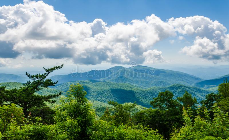 Blauer Ridge Mountains, North Carolina, USA stockbilder