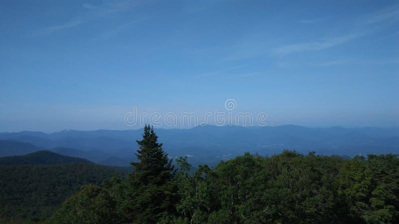 Blauer Ridge Mountains von Brasstown kahl stockbilder