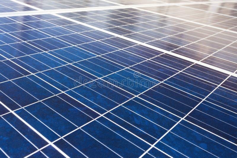 Blauer Sonnenkollektorhintergrund der Nahaufnahme stockbilder