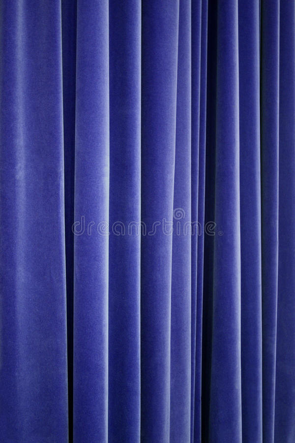 Blauer Theater-Samt-Trennvorhang lizenzfreie stockfotografie
