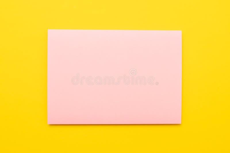 Blauer und rosa Papierbeschaffenheitshintergrund Leeres copyspace lizenzfreie abbildung
