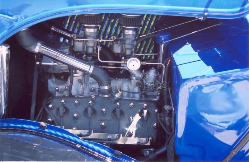 Blauer V8 stockbild