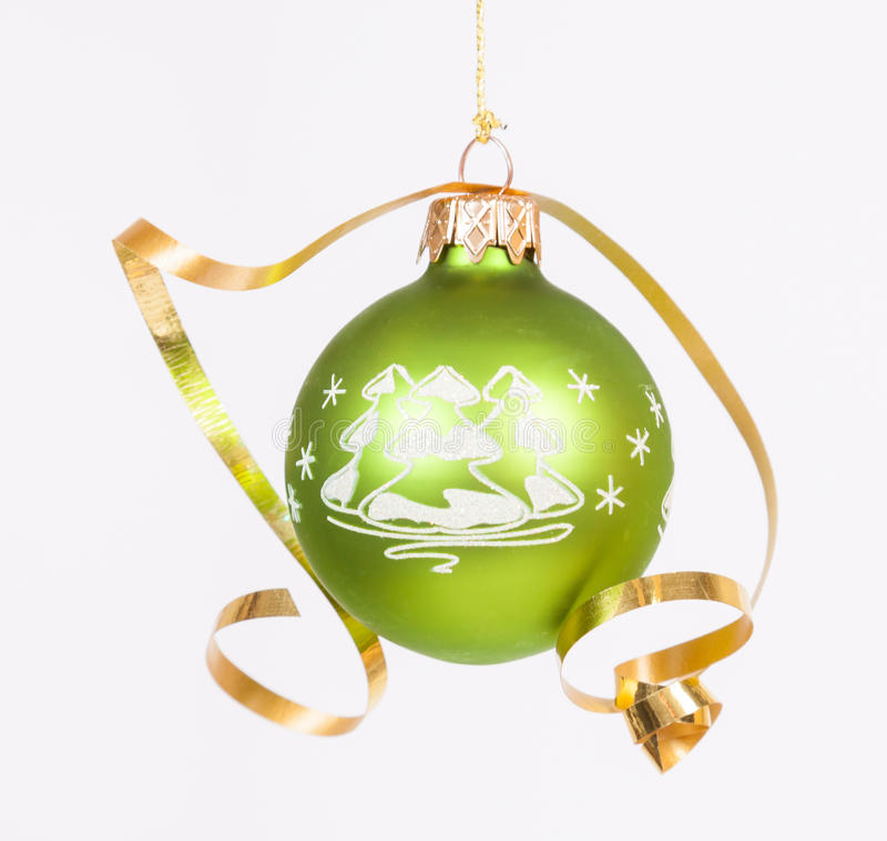 Blauer Weihnachtsball stockfoto