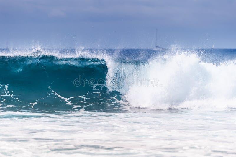 Blauer Welle Ozean lizenzfreies stockfoto